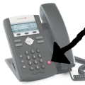 how do landlines and voip phones make calls?